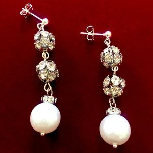 Crystals and Pearls earrings, Handmade and…